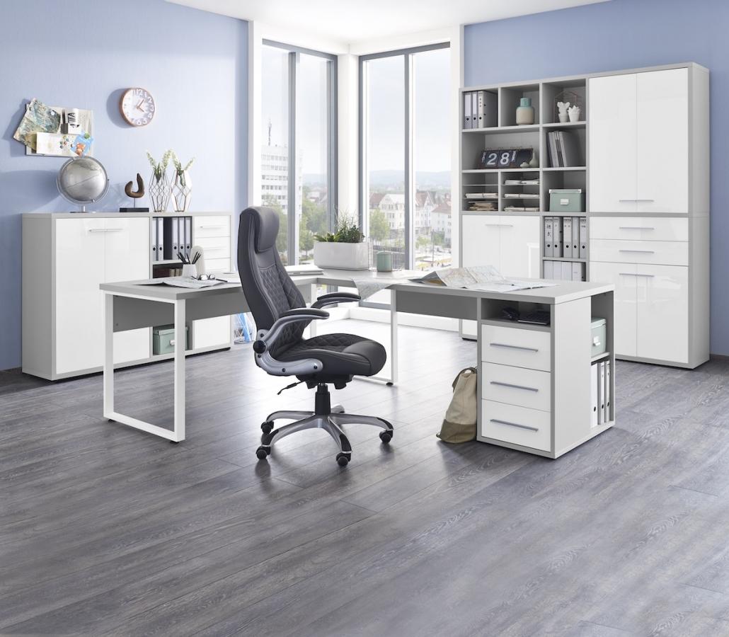 buero-arbeitszimmer-schreibtische-ecke-regal-schubladen-stauraum
