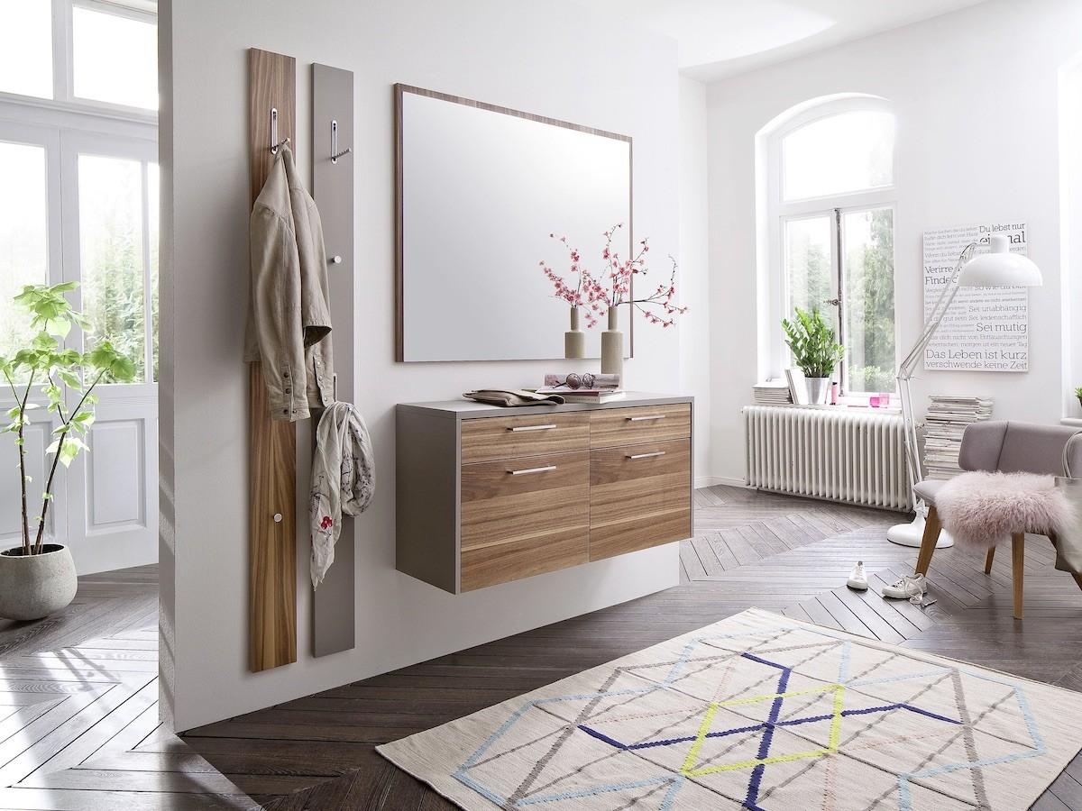 Entdecken Sie Dielen- und Flurmöbel bei Interliving Möbel Boer