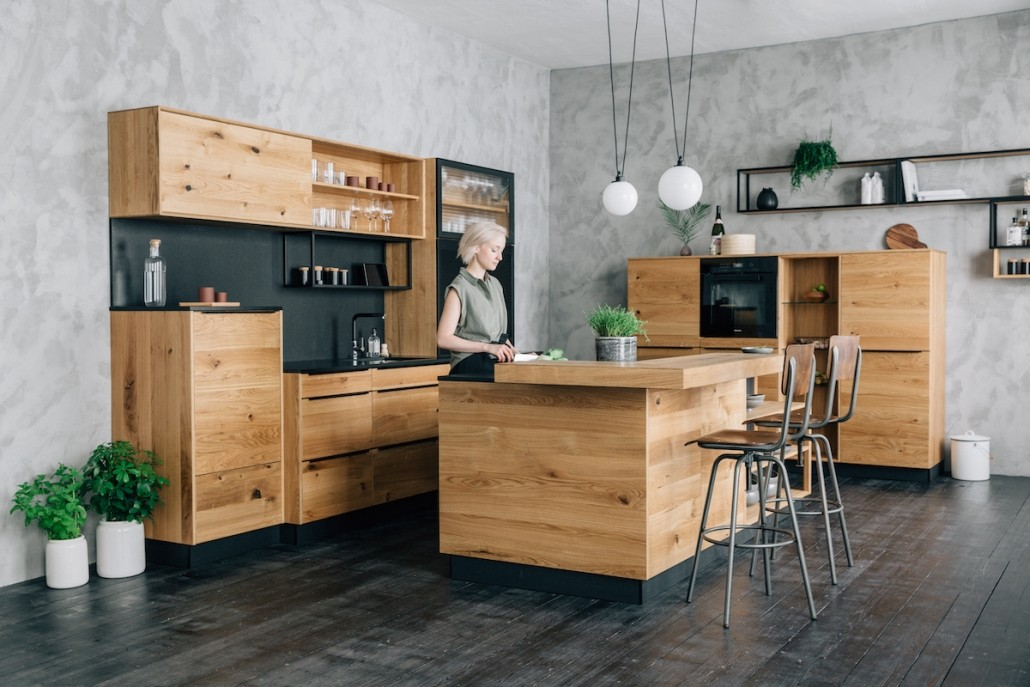 massivholz-kueche-boer-coesfeld-industrial-kochinsel-holz-metall