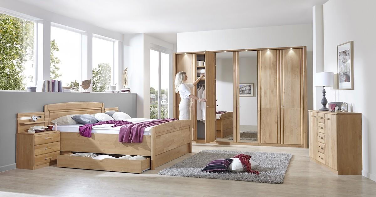 schlafzimmer-moebel-holz-bett-kleiderschrank-kommode-nachttisch-set-bettkasten