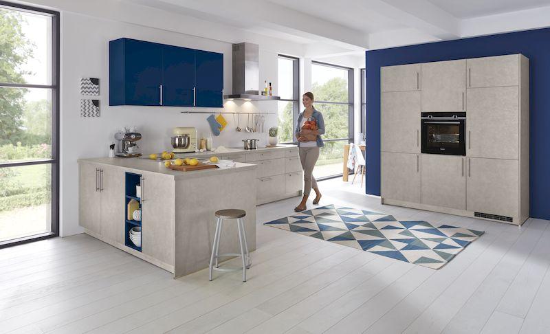 WERT-Küche-L-Form-blau-creme-beige-modern