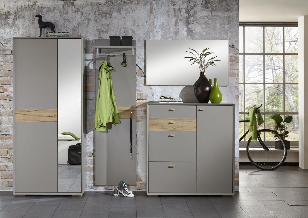 praktische-garderoben-bieten-viel-platz