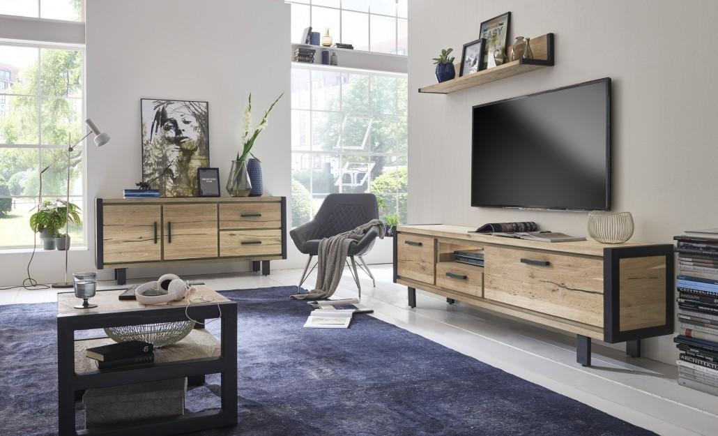 moderne-tv-möbel-aus-massivholz