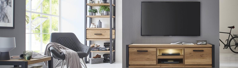 tv-möbel-aus-holz-bei-möbel-boer