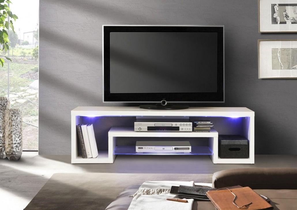 tv-moebel-mit-lichtinstallation